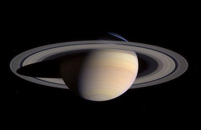 Saturne passe à l'opposition