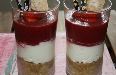Coupe gourmande Fraises Mascarpone Biscuits