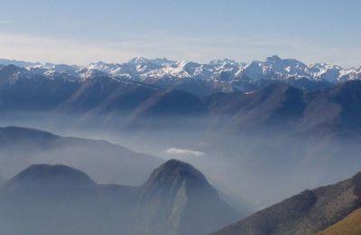 Pyrénées : Montagnes de lumière
