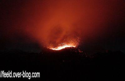 La Fournaise en éruption