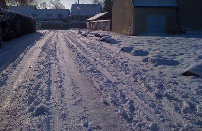 -02/03/2011- | Neige de mars, C'est arrivé...! |