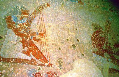 DE LA MUSIQUE ÉGYPTIENNE ANTIQUE - 4. DES HARPES CINTRÉES DES MOYEN ET NOUVEL EMPIRES