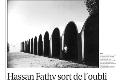 Hassan Fathy sort de l'oubli, article in Le Courrier