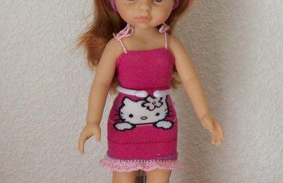 CHRISTY et sa robe hello kitty