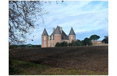 Le château de Saint-Élix-le-Château !