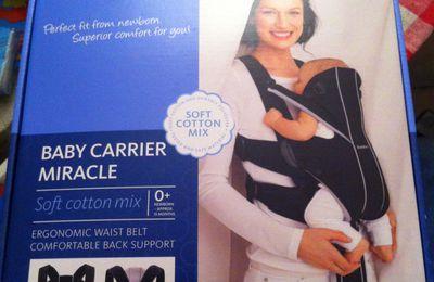 Vend porte bébé baby Carrier miracle de Babybjörn neuf jamais utilisé