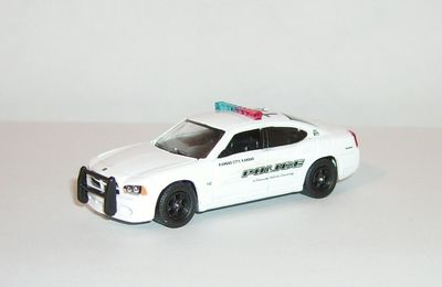 Dodge Charger 2008 by Greenlight.