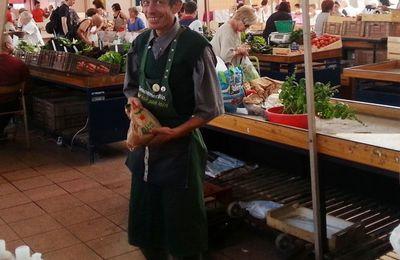 Marché de Dijon - chaque vendredi - petits producteurs des alentours de Dijon – suite