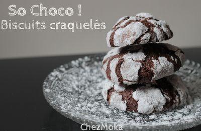 Les biscuits chocolatés craquelés.