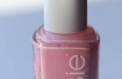 Essie – We're in it Together