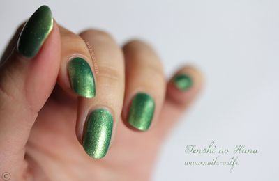 Zoya – Apple