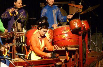 Théâtre de marionnettes sur l'eau : vietnam