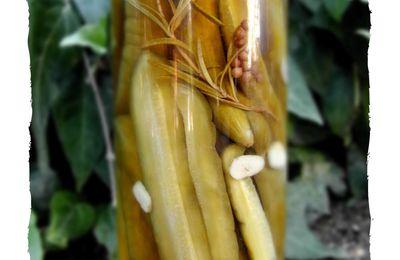 Comcombres marinés au vinaigre au miel