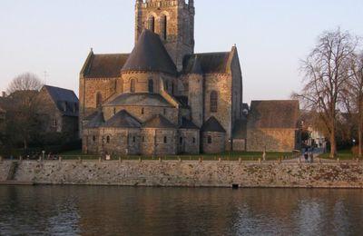 Laval # Basilique Notre Dame d'Avesnières