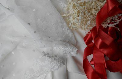 1er Empire : robe de jour en coton et soie ivoire
