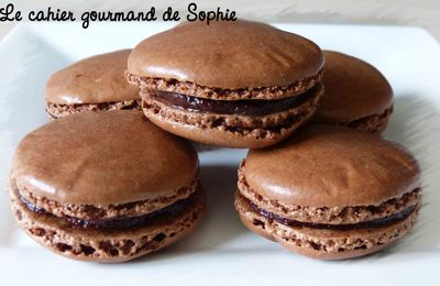 Macarons chocolat Grand Marnier, orange confite