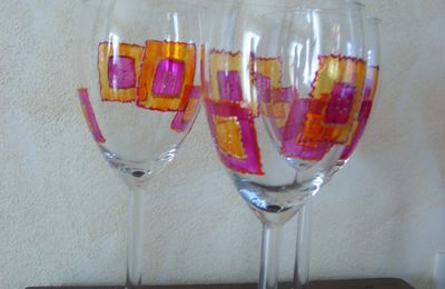 verres orange-fushia