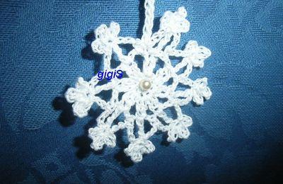Une étoile des neiges , au crochet,