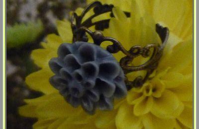Bague fleurie