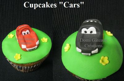 "Cupcakes ""Cars"" et ""Hello Kitty"" en Pâte à Sucre"