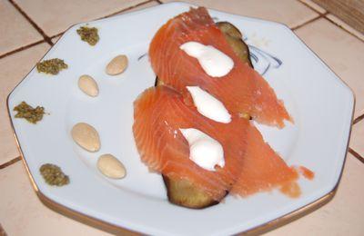 un millefeuille aubergine/saumon