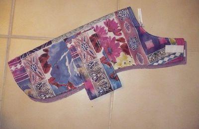 4 -Polaire et tiss.fleurs mauves imperm.36 cm: 8€.