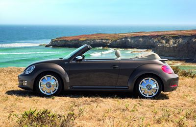 VW Coccinelle Cabriolet : Buddy Holly, Janis Joplin & Chic