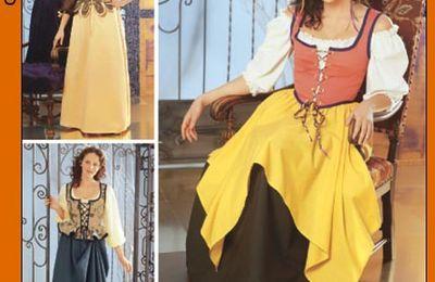 5582 Costume servante médiéval ou renaissance