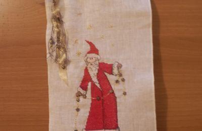 Continuando Natale -... still embroidering Xmas - en brodant encore Noel..