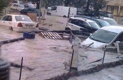 Parma, allagata! - Parma: half of the city flooded!- Parme , inondée!