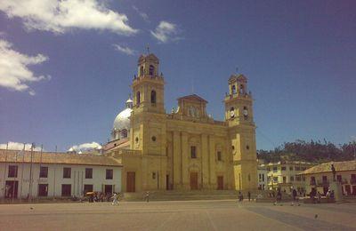 CHIQUINQUIRA, LA CAPITAL RELIGIOSA DE COLOMBIA...