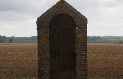 NOYELLES: une petite chapelle