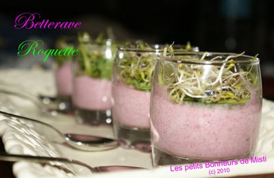 Verrine de mousse rose