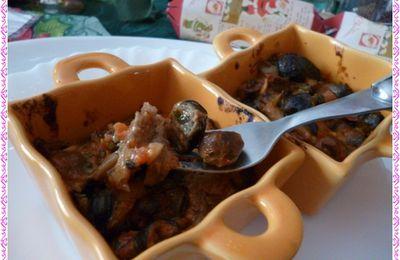 cassolettes d'escargots aux champignons, tomate et son beurre d'ail