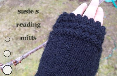 Tuto Susie's reading mitts avec ds aiguilles droites !