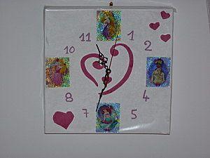 une horloge princesses Disney