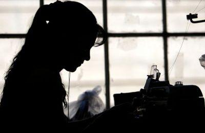 L'entrée des femmes dans le monde du travail et ses paradoxes