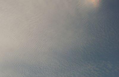 PHÉNOMÈNE CLIMATIQUE ET ATMOSPHÉRIQUE RARE: PARHÉLIE COLORÉE DANS CIEL DE PROVENCE-14 JUIN 2009