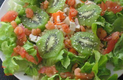 Salade au rapé de surimi et ses dés de kiwis