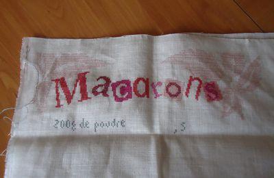 Les Macarons de Lili Points.