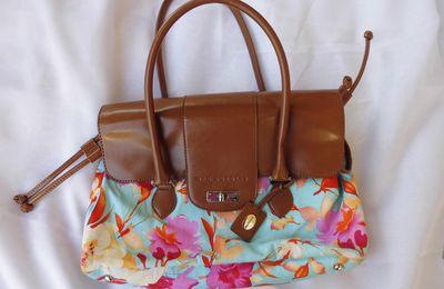 MAC DOUGLAS sac cuir et toile fleurie état neuf (réservé)