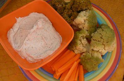 Crème pour dip au tofu ail et basilic