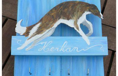 Herkan le barzoï : range courrier / porte clefs