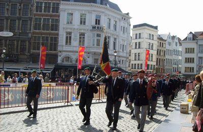 2010:40ème anniversaire des para-commandos d'Anvers.