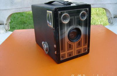 Collections diverses-appareil photo Six-20 Brownie junior(Kodak)