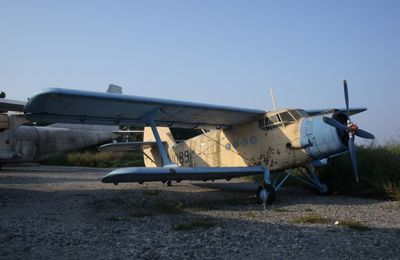 Cimetière d'avions à Bourgas