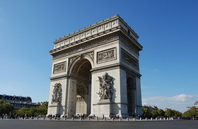 Paris - L' Arc de Triomphe