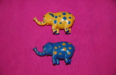 Lot de 2 figurines éléphant - Disney