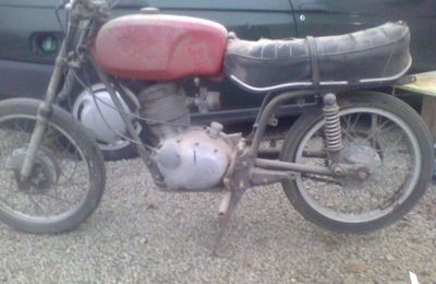 Gilera 124 5V giubileo 1969 restauration modification café racer