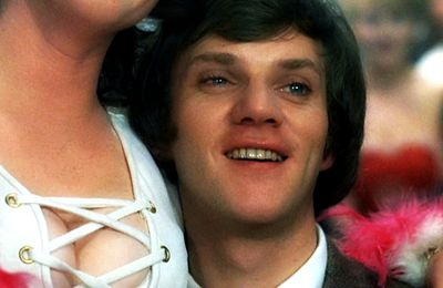 MALCOLM McDOWELL : Happy birthday